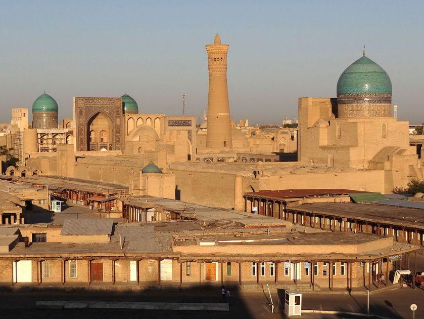 1024px-2012_Bukhara_7515821196