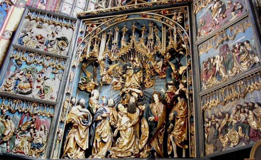 Gothic_altar_veit_stoss_bordercropped