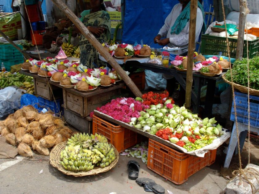 Trichy - fruits and flowers