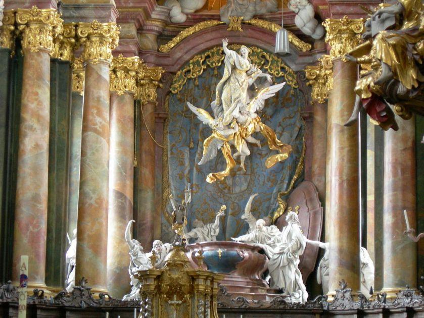 1024px-Kloster_Rohr_in_Nby_Detail_Hochaltar