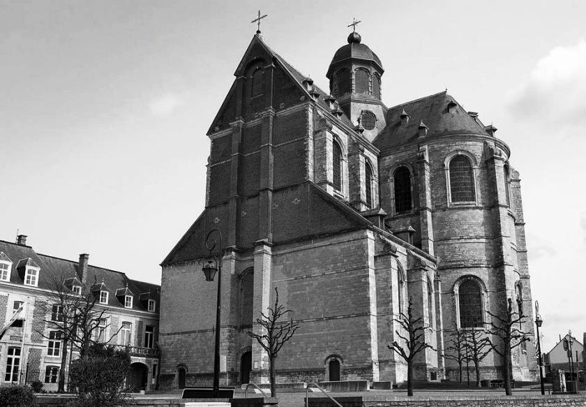 1200px-Abdijkerk_Grimbergen (1)