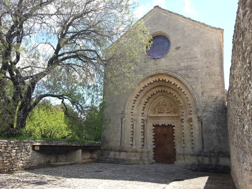 Abbaye_Notre-Dame_de_Ganagobie_by_Mikani
