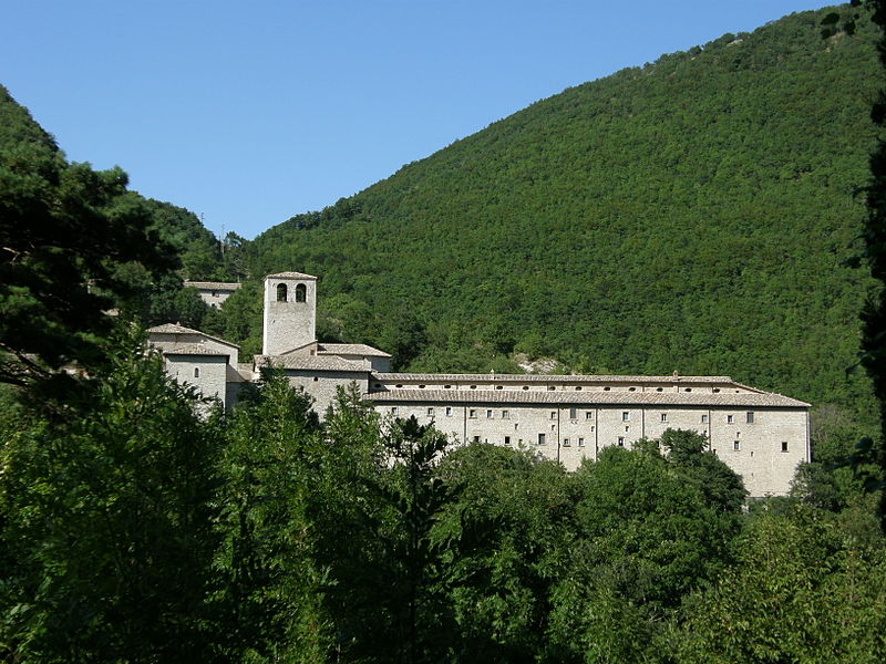 800px-Serra_Sant'Abbondio_-_Monastero_di_Fonte_Avellana,_profile