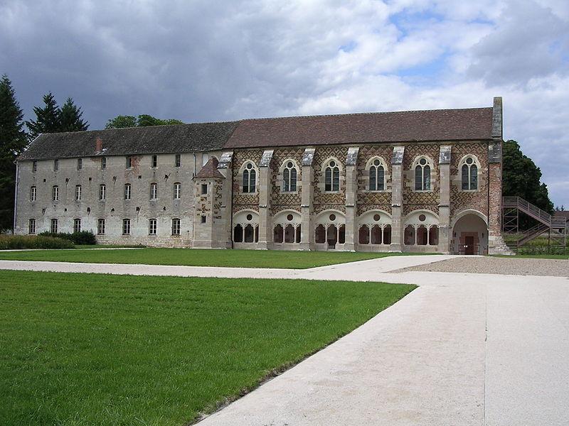800px-Abbaye_de_Cîteaux_La_Bibliothèque
